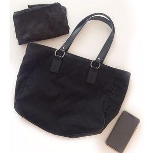 Black Gucci GG Monogram Canvas Tote Bag